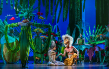 Josslynn Hlenti (Nala), Dashaun Young (Simba) and the company in Disney's The Lion King UK & Ireland tour © Disney