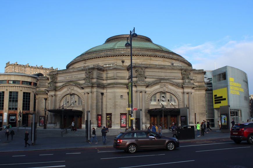 Usher Hall with Lothian Road in foreground